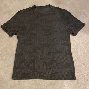 Lululemon Green Camo Short Sleeves